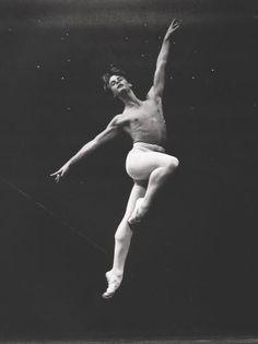 Mikhail Baryshnikov could fly into the air in a single jump!