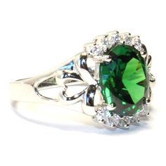 Emerald (Green) Classic Promise Ring Side View