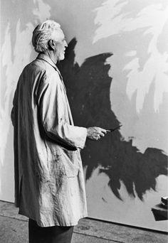 Photo of the abstract expressionist artist and pioneer of the movement Clyfford Still, 1973.