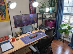 Gaming Room Setup, Computer Setup, Pc Setup, Desk Setup, Desk Inspo, Workspace Inspiration, Hardware Software, House Inside, Microsoft Surface