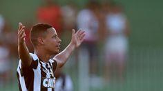 BotafogoDePrimeira: Em quatro jogos, Fernandes supera números da dupla...