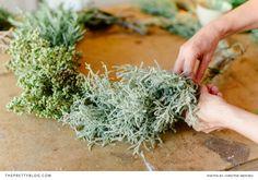 DIY Christmas Wreath on http://www.theprettyblog.com/style-and-home/diy-rustic-herb-christmas-wreath/ | Rustic Christmas Decoration | Photographer: Christine Meintjes @cmeintjes Photography | Floral Design: @flowersitfoyer