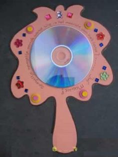 cd mirror craft idea for kids with template Cd Crafts, Arts And Crafts, Paper Crafts, Diy For Kids, Crafts For Kids, Children Crafts, Colegio Ideas, Fairy Tale Crafts, Mirror Crafts