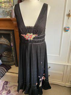 NEW ex Joe Browns DARK GREY Lace Hem Dress sizes 14 /&18