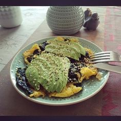 Green mood! Also in my plate...  #food #foodie #omelette #green #spinach #avocado #hempseeds #hempfood #hempprotein #delicious #healthy #meal #enjoycooking #enjoymymeal #greenmood #myplate #onmytable #vegetables #egg #love  Regram @juliejeanclaude