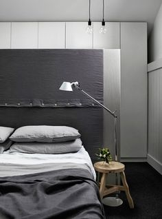 Would love this sewn headboard in a cabin or lakehouse. A must do!