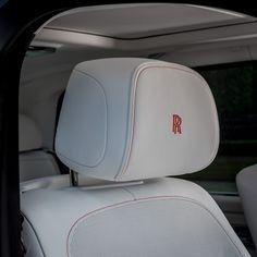 Pastel Colours Rolls Royce Culinan Ghost Dawn and Wraith New Rolls Royce, Rolls Royce Cars, Wraith Car, Rolls Royce Cullinan, Mercedes 300sl, Bentley Mulsanne, Bmw 7 Series, Best Classic Cars, Hd Picture