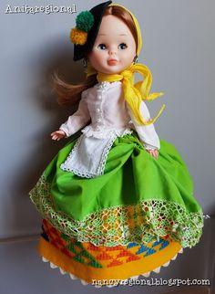 Nancy Gran Canaria Doll Clothes Patterns, Clothing Patterns, Nancy Doll, Madame Alexander Dolls, Vintage Dolls, American Girl, Regional, Crochet, Folklore