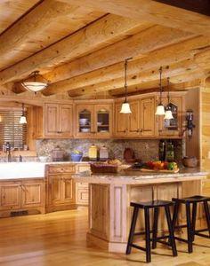 A cottage kitchen style brings the sheer comfort and peace of living in the country to your home. A comfortable appearance, smooth hues, and wood elements influence the character of such kitchen. Log Cabin Living, Log Cabin Homes, Home And Living, Log Cabins, Living Rooms, Style At Home, Log Cabin Kitchens, Rustic Kitchens, Log Home Decorating