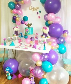 """@Regrann from @skyeandroseevents - Balloons G A L O R E. We made a wish and the genie bottle delivered! When I was asked to do a Shimmer and Shine setup, I knew I was going to step out of the """"box"""" I am rebel at heart. Thank you so much to my amazing assistant @vanna978 for all of your help you rock woman!!! Event Design by @skyeandroseevents Desserts by @ohsweetsbylena #festademenina #shimmerandshine #geometric #balloondecor #partyideas #boston #trendsetter #bolo #bostonevents #e"""