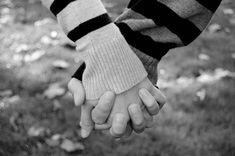 una foto de vuestras manos entrelazadas, preciosa...