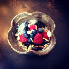 Chia Seed Pudding with fresh berries and sliced almonds! www.farmfoodieandfitness.comphoto credit: www.farmfoodieandfitness.com