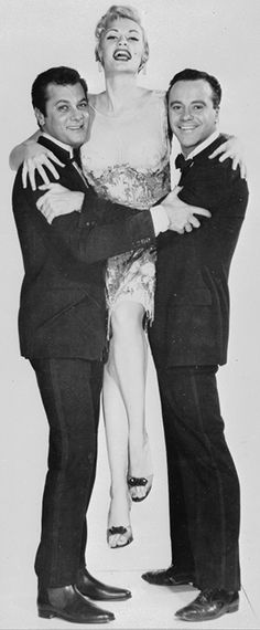 1959: Tony Curtis, Marilyn & Monroe Jack Lemon – publicity photo film 'Some Like It Hot' ….