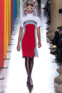 Jonathan Saunders   - HarpersBAZAAR.com // Shoes need to be black, but other than that this is a very interesting look.
