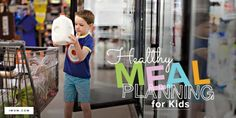 Get your kids involved in packing their own lunches! Use iMOM's Healthy Meal Planning printable as a guide to pack the ideal lunch—they will love it! Meal Planning Printable, Menu Planning, Conversation Starter Questions, Conversation Starters, Praying For Your Family, Kids Rewards, Kids Meal Plan, Kids Calendar, Family Adventure