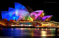 sydney vivid - sydney opera house ...The city looks fantastic when they light up local landmarks like the Opera House