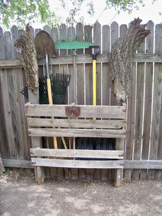 pallet bin for garden tools