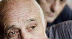 """Il teatro come reale spazio aperto per il confronto. Giampiero Frondini ci regala il ricordo di una Perugia degli anni Sessanta quando la purezza del genio teatrale di un gruppo di artisti la rese capitale della """"cultura a cielo aperto""""."""