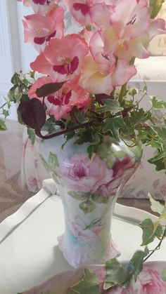 Roses handpainted by porcelain artist Farnaz Farzad
