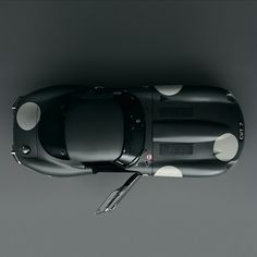beauty from above. jaguar e-type.