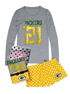 Victoria's Secret Pink Green Bay Packers tee & boxer set (medium)