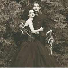 Johnny And Winona, Winona Ryder, Johnny Depp, Movies Coming Out, Lights Camera Action, Edward Scissorhands, Best Comments, Vintage Horror, I Remember When