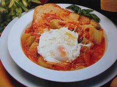 """Acqua cotta: Tradizionalissimo piatto della cucina Maremmana della """"cucina povera"""", di chiare origini contadine."""