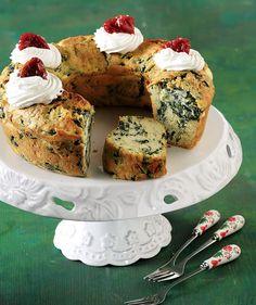 Αλμυρό κέικ με σπανάκι και μους φέτας - www.olivemagazine.gr Cheese Pies, Camembert Cheese, Pastry Recipes, French Toast, Recipies, Cheesecake, Muffin, Food And Drink, Bread