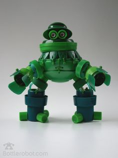 Un des robots de la bande des Bottlerrobot                                                                                                                                                                                 Más