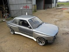 Awesome fender work on this bmw e30
