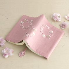 Embroidery on pink notebook cover Embroidery Bags, Japanese Embroidery, Silk Ribbon Embroidery, Hand Embroidery Designs, Embroidery Thread, Embroidery Patterns, Handmade Notebook, Handmade Books, Sewing Art