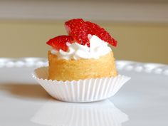 Pinner - mini strawberry shortcake use an angel food cake or pound cake type recipe in a mini tin, or half filled muffin pan.