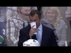 Alain Vigneault losing it...
