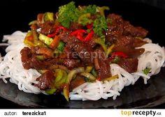 Hovězí nudličky s rýžovými nudlemi recept - TopRecepty.cz Crockpot, Slow Cooker, Beef, Ethnic Recipes, Ph, Heartburn, Diet, Cooking, Meat