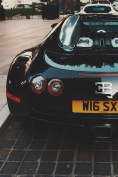 italian-luxury:Bugatti