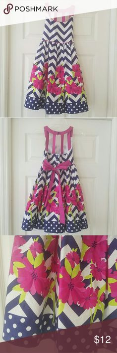 Bonnie Jean sundress Adorable dress with back detail and built in slip with crinoline.  Worn once. Excellent condition.  Bundle and save.  Size 7 Bonnie Jean Dresses