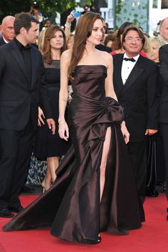 Angelina Jolie in Atelier Versace - Cannes Film Festival 2011