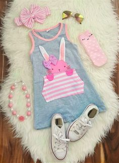 Gray Bunny Pocket Dress This 3 pc tutu bunny cheetah outfit is adorable and perfect for Spring & Easter! Newborn Girl Outfits, Kids Outfits Girls, Cute Girl Outfits, Cute Outfits For Kids, Little Girl Dresses, Little Girls, Baby Girl Fashion, Toddler Fashion, Kids Fashion