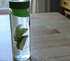 Flavour It Glass Water Bottle with Fruit Infuser