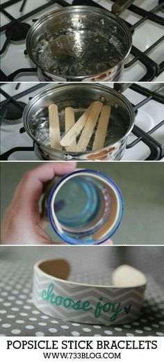 Place popsicle sticks into scalding water for 15 minutes, then insert into a glass the circumference of which fits the wrist. Wait 24 h to let dry before removing. Decorate with washi tape, paint, stickers, etc.