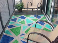 DIY: Paint an outdoor rug to add some color and style to your outdoor living area