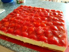 Erdbeerkuchen mit Schmand - Vanillecreme, ein leckeres Rezept aus der Kategorie Kuchen. Bewertungen: 156. Durchschnitt: Ø 4,7.