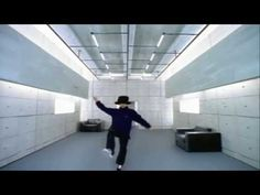 "Jamiroquai's ""Virtual Insanity"" With No Music And Added Sound Effects Is Hilarious"