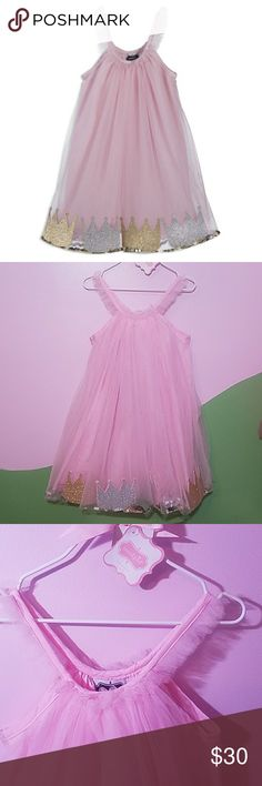 💗BNWT/Pink Tulle Princess Dress💗 Brand New Beautiful Dress This gorgeous dress has cute gold and silver crowns that are in between the tulle with sparkly confetti. There is another layer of tulle under that has silver edging trim around it. Mud Pie Dresses