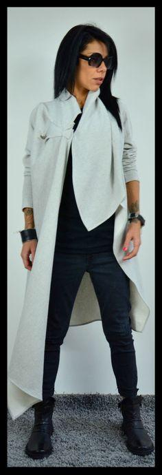 Long loose Blazer / Extravagant linen cardigan / Light grey jacket/Asymmetrical Blazer by ClothesByLockerRoom on Etsy https://www.etsy.com/uk/listing/256085364/long-loose-blazer-extravagant-linen