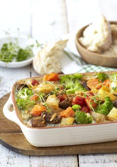 Cheesy Mixed Vegetable Bake: packed with veggies and bursting with flavour! Baked Vegetables, Veggies, Vegetable Bake, Tasty Vegetarian Recipes, Family Meals, Potato Salad, Easy Meals, Favorite Recipes, Dishes