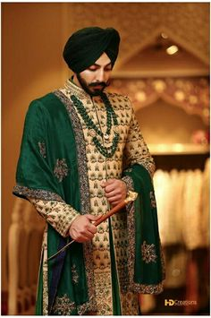 Rathore jodhpur 2018 That s color gives a perfect match for wedding It s a traditional color Sikh Wedding Dress, Punjabi Wedding Couple, Wedding Dresses Men Indian, Sherwani Groom, Mens Sherwani, Wedding Sherwani, Groom Outfit, Groom Dress, Men Dress