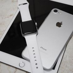 Things to Know About a Smart Watch Smart watches are the new in thing today. Iphone 7 Plus, New Iphone, Iphone Cases, Apple Watch Series 3, Apple Watch Bands, Iphone Apple Watch, Airpods Apple, Apple Smartphone, Rose Gold Apple Watch