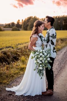Bröllop Sibbo   BRÖLLOP Bridesmaid Dresses, Wedding Dresses, Photography, Fashion, Bridesmade Dresses, Bride Dresses, Moda, Bridal Gowns, Photograph