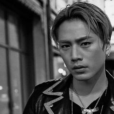 Tosaka Hiroomi 三代目j Soul Brothers, Worldwide Handsome, Japanese Artists, Sexy Men, Sexy Guys, Actors & Actresses, Photos, Kpop, Photo And Video